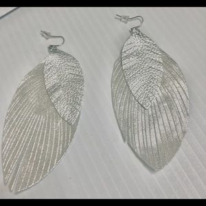 Beautiful Silver Metallic Feather Earrings